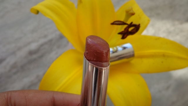 L'oreal Glam Shine Cream Lipstick - Chic Brown (6)