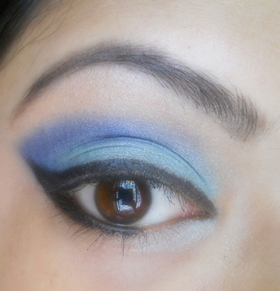 Mint+Green+and+Royal+Blue+Winged+Eyeliner+Eye+Makeup+Tutorial