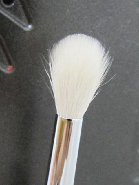 Sigma E35 Tapered Blending brush 4