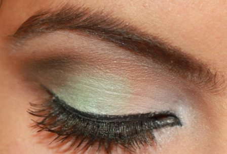 Mint eyeshadow