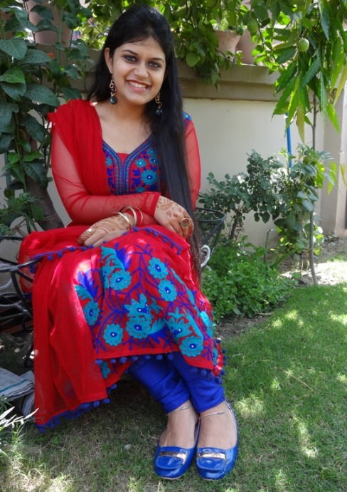 Outfit+of+the+Day+Red+Anarkali+with+Blue+Embroidery