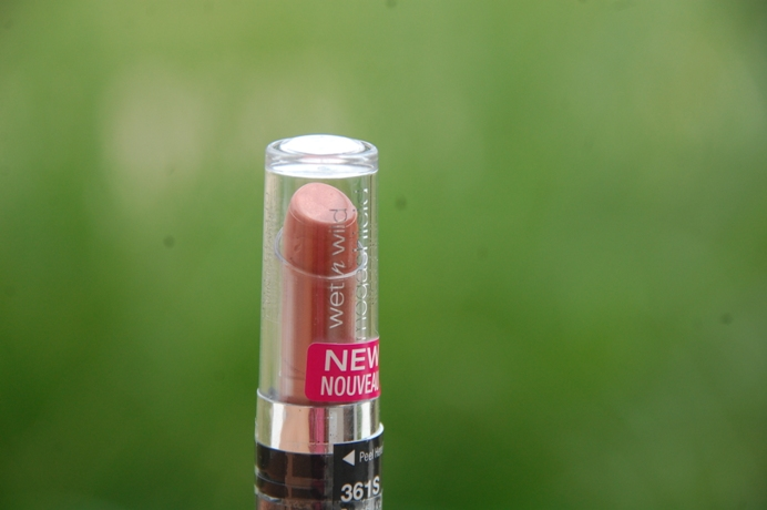 Wet+n+Wild+Mega+Shield+Lipstick+with+SPF+15+Peachy+Keen+Review