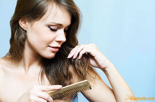 Comb-your-hair-with-broad-toothed-comb_wm