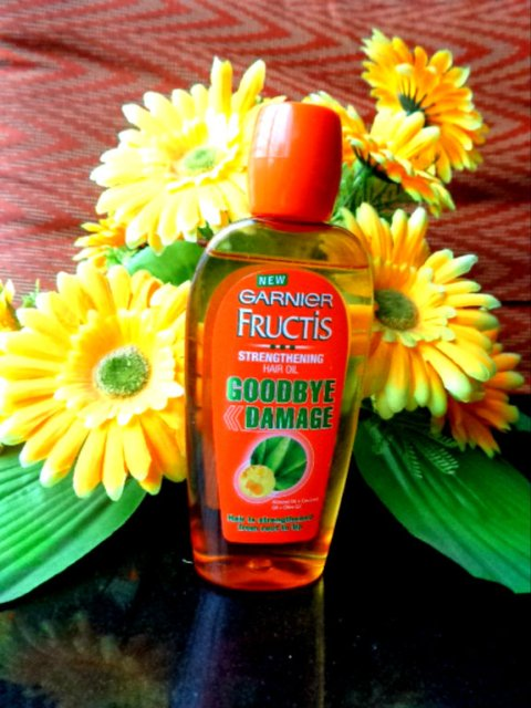 Garnier Fructis Goodbye Damage Strengthening Hair Oil