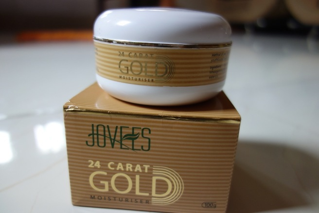 Jovees+24+Carat+Gold+Moisturizer+Review