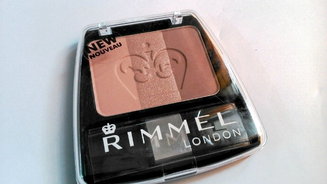Rimmel London 3 in 1 Powder Blush Summer  Fever
