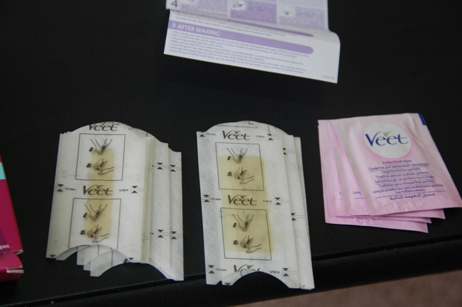 Veet Ready To Use Wax Strips for Bikini, Underarm and Face 4