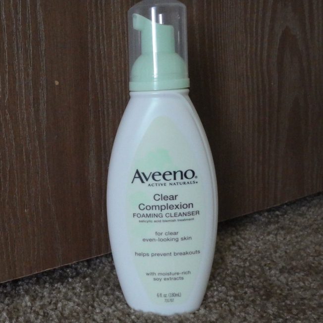 Aveeno+Clear+Complexion+Foaming+Cleanser+Review
