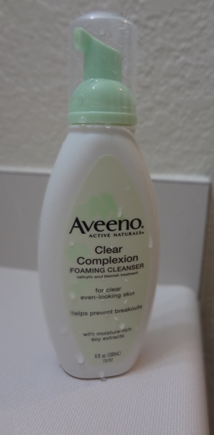 Aveeno Clear Complexion Foaming Cleanser 2