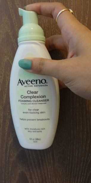 Aveeno Clear Complexion Foaming Cleanser  3