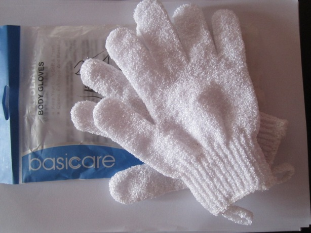 Basicare+Exfoliating+Body+Gloves+Review