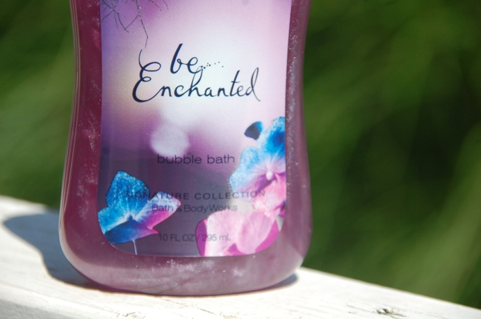 Bath and Body Works Be Enchanted Bubble Bath 4
