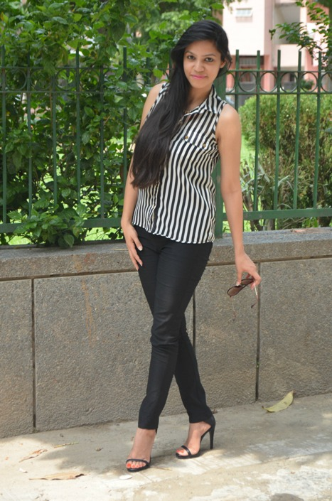 Black and White Striped Shirt and Jeggings 7