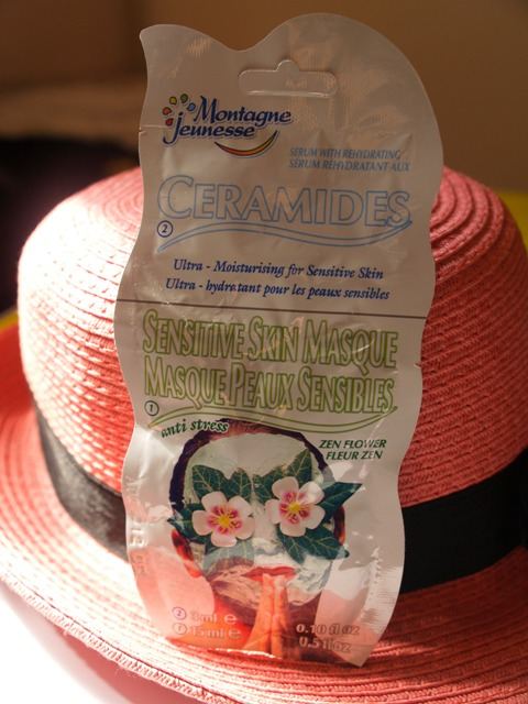 Montagne Jeunesse Ceramides and Sensitive Skin Masque