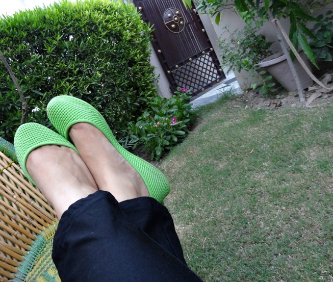 Outfit of the Day  Neon Green Trend 7