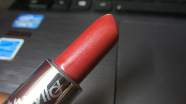Wet n Wild Silk Finish Lipstick in Blushing Bali (4)
