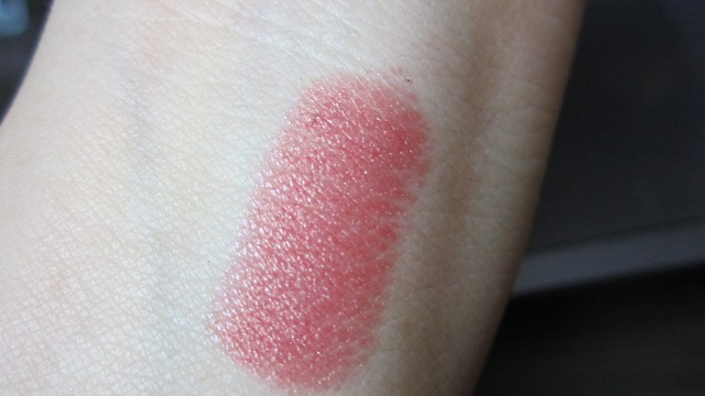 Wet n Wild Silk Finish Lipstick in Blushing Bali swatch (1)