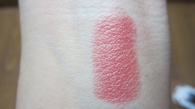 Wet n Wild Silk Finish Lipstick in Blushing Bali swatch (2)