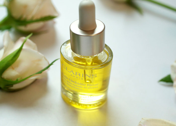 clarins blue orchid face treatment oil bottle
