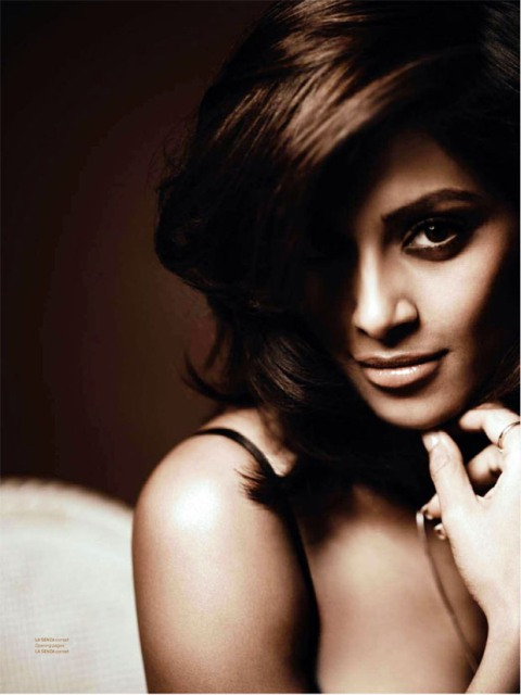 Bipasha-Basu smokey eyes 2