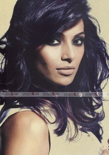 Bipasha-Basu smokey eyes 2 (2)