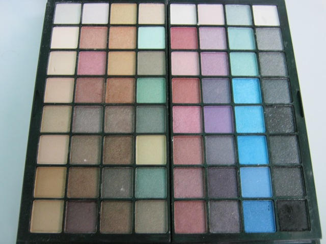 E.L.F. Studio 83 Piece Essential Makeup Collection  (4)