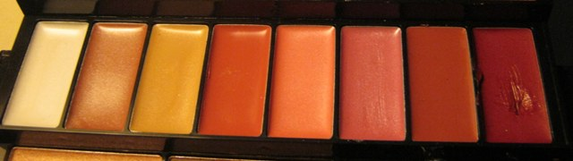 E.L.F. Studio 83 Piece Essential Makeup Collection  (7)