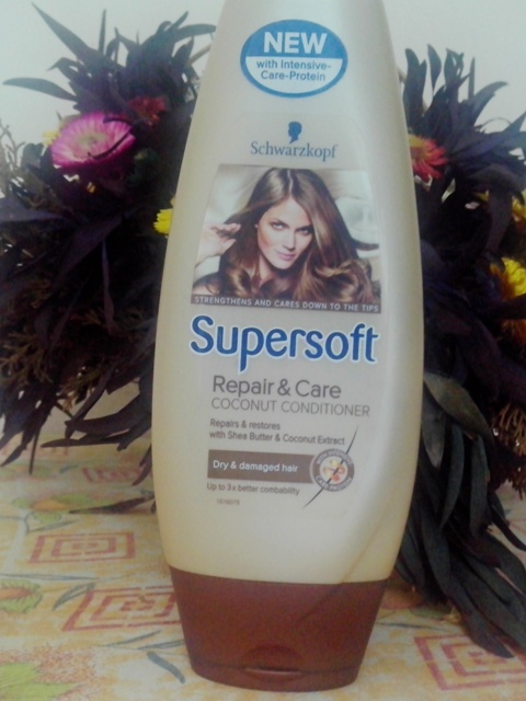 Schwarzkopf Supersoft Repair and Care Coconut Conditioner