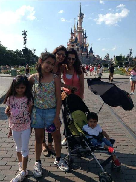 Shilpa Shetty Disney Land holiday