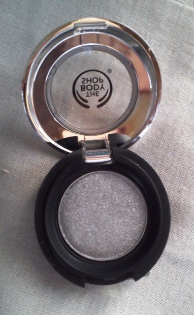 The Body shop Eyeshadow - Star silver (2)