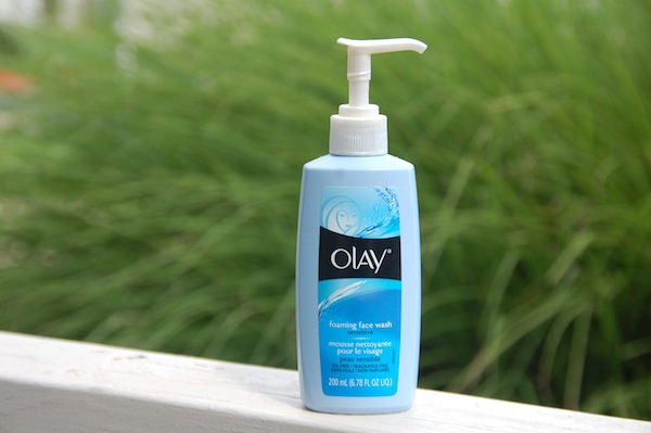 olay foaming face wash for sensitive skin