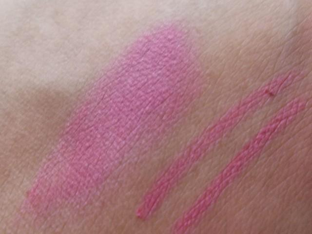 Colorbar Lip Pencil - 013 Fuchsia Fever swatch (2)