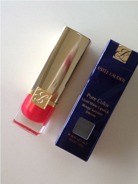 Estee Lauder – Pure Color Vivid Shine Lipstick – Poppy Love (5)