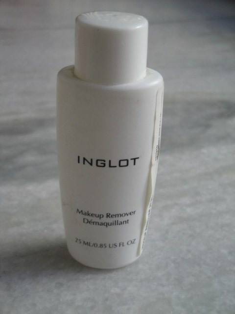 Best Makeup Removers Available In India Indian Makeup An Beauty Blog