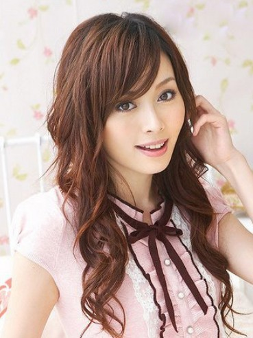 Japanese-Hairstyles-for-Women