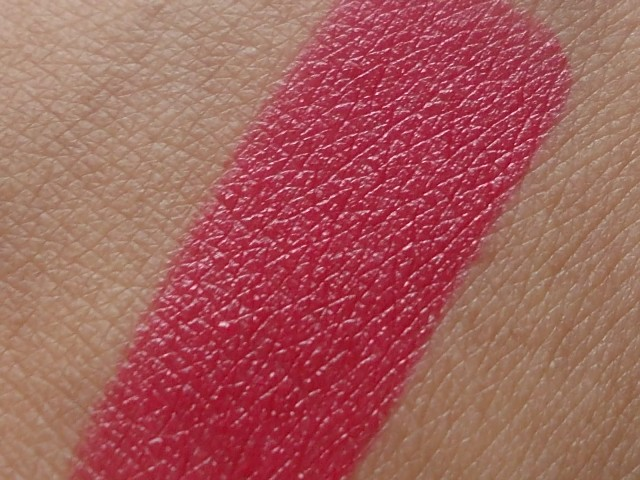 Lakme Satins Lipstick shade 356 swatch