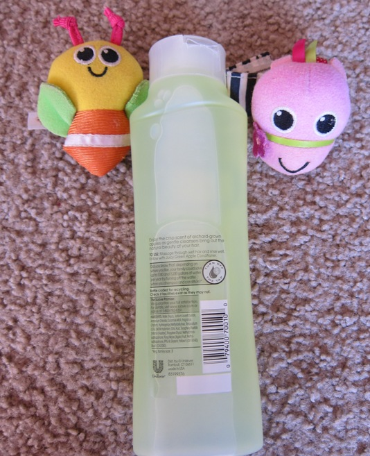 Suave Naturals Juicy Green Apple Shampoo 3