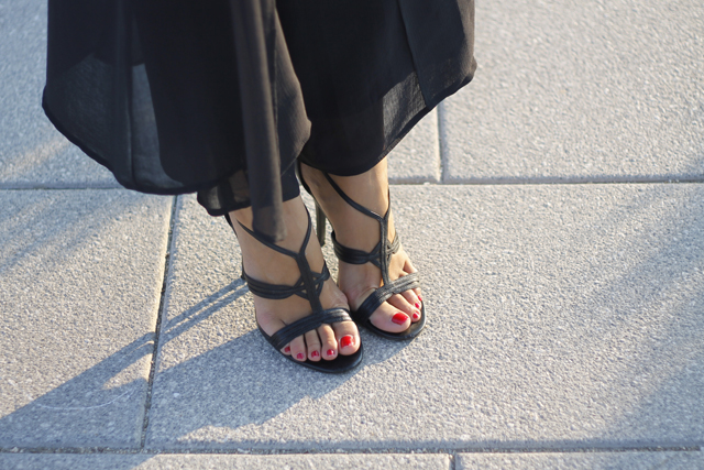sugarlane asian trend sandals