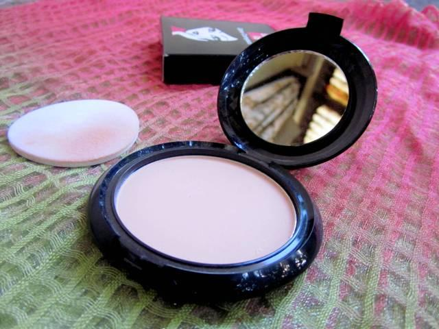 Elle 18 Glow Compact Pearl (7)