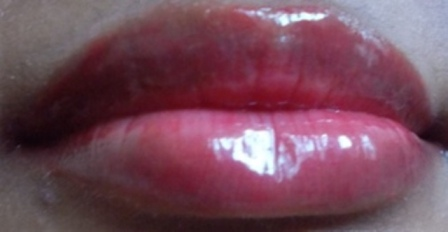 Elle 18 Juicy Lip Balm- Juicy Red Lip Swatch 2