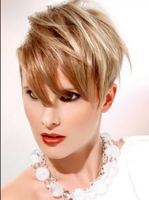 http://short-haircutstyles.com/cute-short-hairstyles-long-faces.html