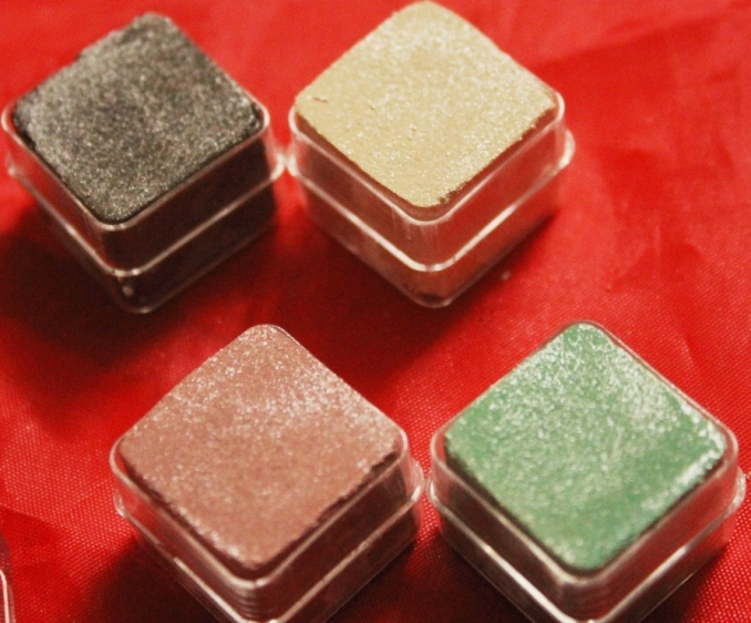The Body Shop Shimmer Cubes Palette 4