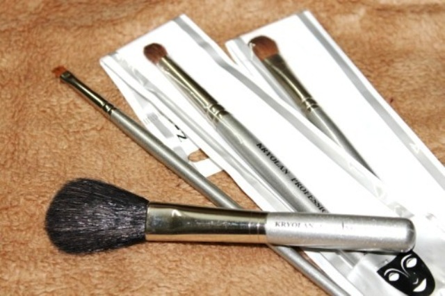 kryolan makeup brushes