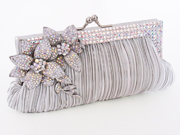 Best Indian Bridal Bags And Clutches
