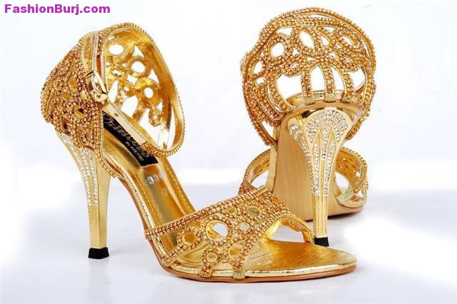 Indian Shoes on Pinterest | Melissa Shoes, Indian Ethnic Wear and