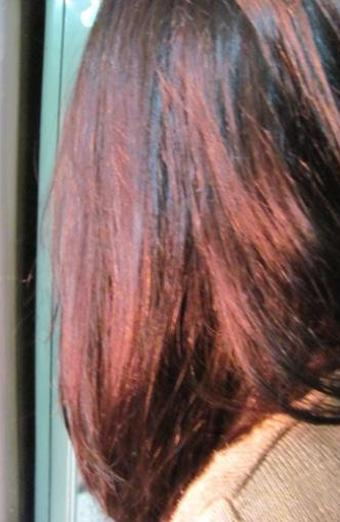 Best Shampoos For Coloured Hair Available In India