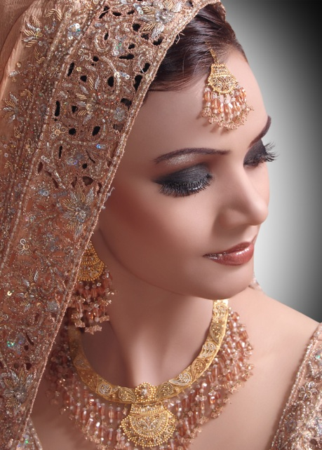 Top+5+Bridal+Makeup+Artists+in+Bangalore