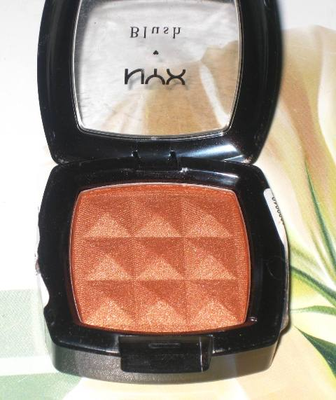 NYX-Powder-Blush-Copper-5
