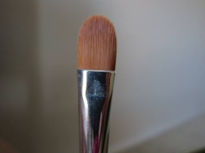 bareMinerals Maximum Coverage Concealer Brush 5