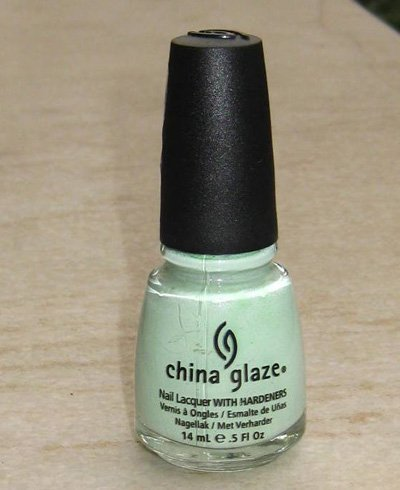 China GlazeNail Lacquer in Re-Fresh Mint
